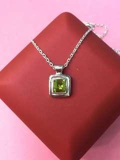 No:0711. 925純銀包18K金,鑲天然AA級橄欖石(Peridot )7mm吊墜,產地巴西,超值價