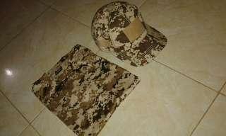 Kaos loreng dan topi velcro