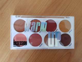 Makeup Revolution Obsession makeup in WARM UP Eyeshadow Palette