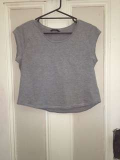 Grey cropped t-shirt