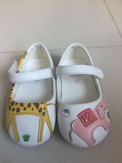 avenue kids shoes