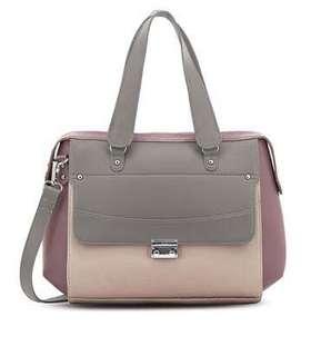 💯 Authentic Bag Allie