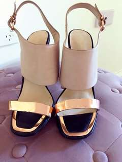 Forever New ladies size 9 heels