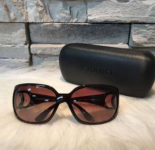 Chanel Sunglass authentic