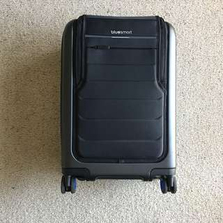 Smart Luggage Carry-on Suitcase