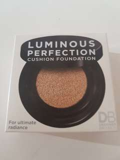 LUMINOUS PERFECTION CUSHION FOUNDATION in TRUE BEIGE