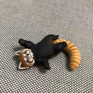 🚚 沈睡小浣熊。動物。公仔。扭蛋。家飾。居家裝飾。園藝擺飾。療癒。辦公室小物。休眠動物。