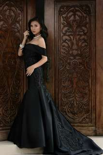 Black Designer's Gown For Rent