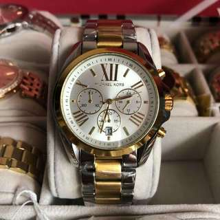 On sale Authentic watch (43mm 37mm available)