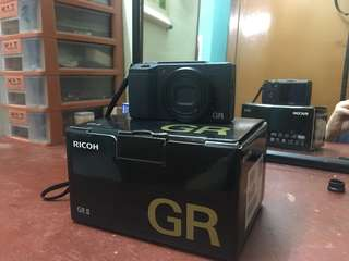 Ricoh GR ii (used - 8 months usage - 98% condition)
