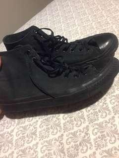 Converse All Black Hightops