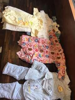 🚚 嬰兒衣物,連身衣,毛衣,外套,棉衣等,