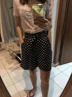 black polkadot short