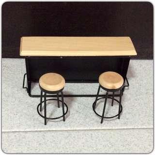 Dollhouse miniature bar counter & chairs set