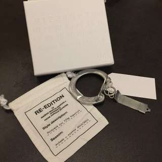 (包郵) Maiden Martin Margiela x H&M - Enlarged Key Ring Bracelet