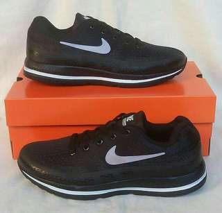 Nike Zoom Pegasus Black