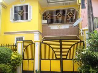 3 STOREY HOUSE AND LOT FOR SALE