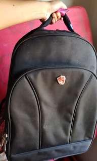 Tas koper punggung pria