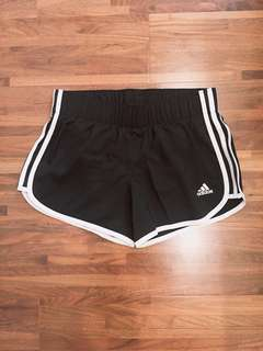 🚚 Adidas 愛迪達三線短褲 全新