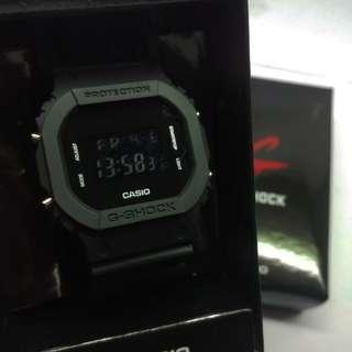 Gshock Digital dw 5600 Black