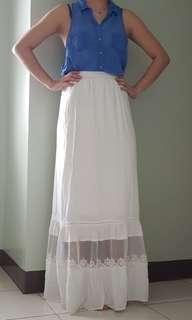 Pre loved : Garage maxi skirt with lace