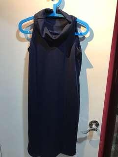 Cowl neck dress w side pocket