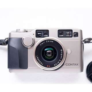 Contax G2 with carl Zeiss 28mm f2.8