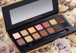Anastasia Beverly Hills - Soft Glam