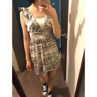 渲染縮腰洋裝