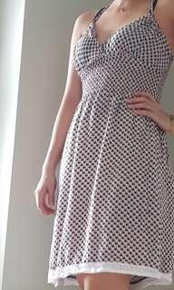 Pre loved : dress