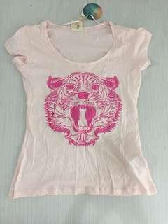 Cotton On shirt from australia