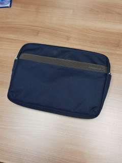 Tucano Mobile Device Carry Case or Tablet Bag