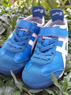 Sepatu onitsuka tiger kids