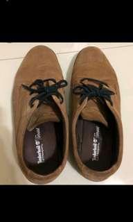 🚚 Timberland 休閒皮鞋 us10 UK 9.5 Eu44 原價6000多 因尺寸不合出售 九成新