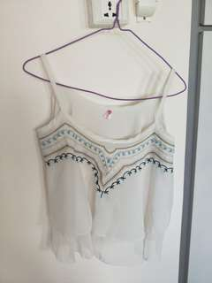 Embroidery chiffon cropped top