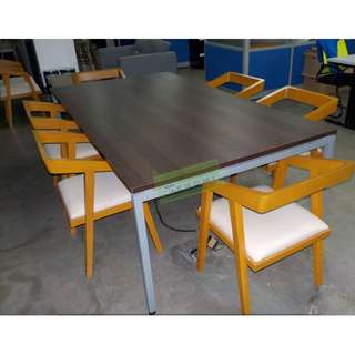 CONFERENCE DESK, OFFICE CHAIRS AND LATERAL CABINET--KHOMI