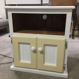 Country Style Tv Unit