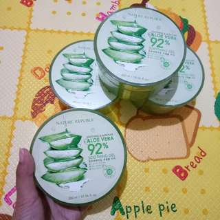 Nature Republic Soothing Gel 92% Aloe Vera