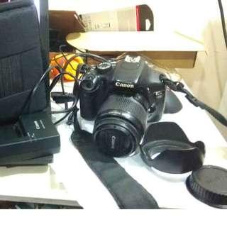 Nikon d3200 with 18-55 lens fullset