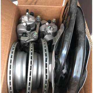 BMW F30 3 series Brake disc and caliper