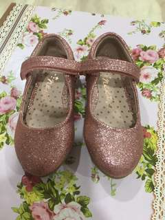 [N] Girl Shoes glitter pink from UK (size 7 uk)