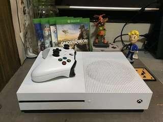 Xbox One S 1tb w/ 6 games