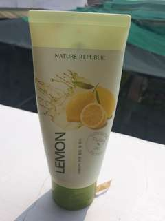 nature republic lemon peeling gel lulur wajah sisa 40 persen
