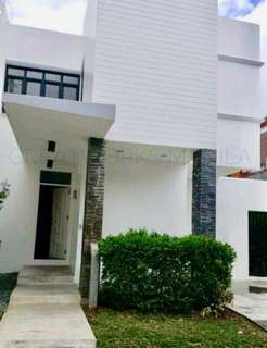 FOR RENT: House for Rent in Vista Real, Quezon City