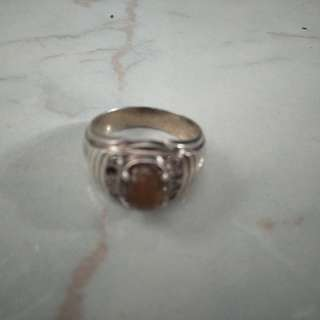 Preloved silver ring with stone