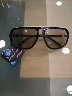 3d 眼鏡(real D)