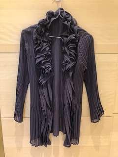 🚚 深紫色 絲質罩衫 全新