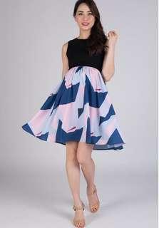 Jumpeatcry Jenia Prints Nursing Dress BNWT - Size S