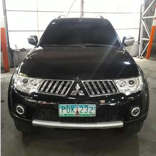 2011 Mitsubishi Montero 2.5 GLS-V Black AT Diesel