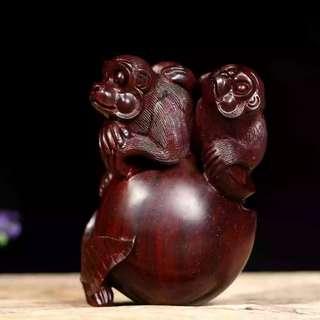印度小葉紫檀靈猴獻壽